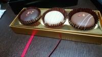 Choco_strawberry_macaron